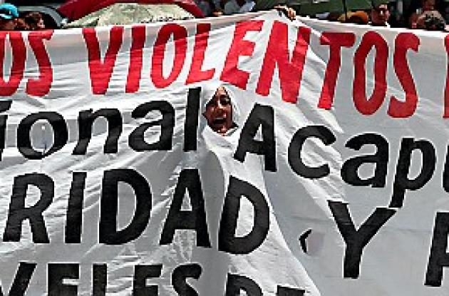 Acapulco sigue clamando paz.