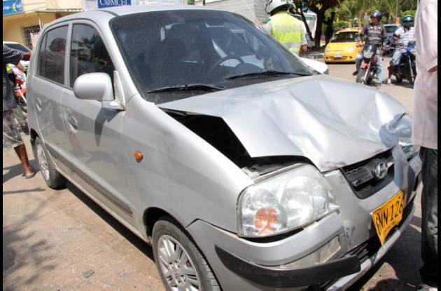 carro accidentado en cartagena
