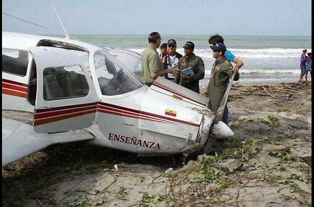 Avioneta aterrizó de emergencia en playas del Atlántico