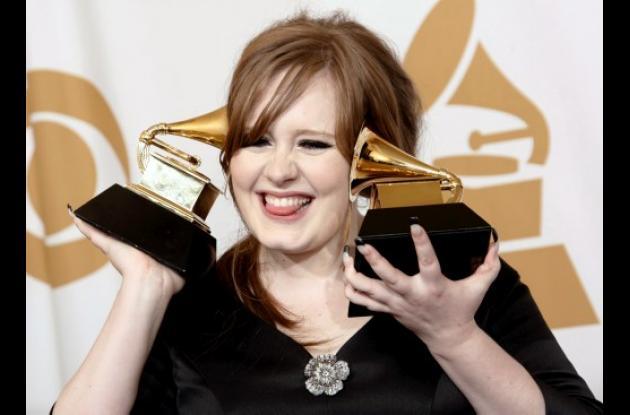 La cantante Adele en los Grammys