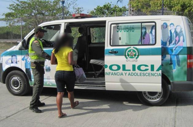 Policía Metropolitana captura a dos dos adolescentes.