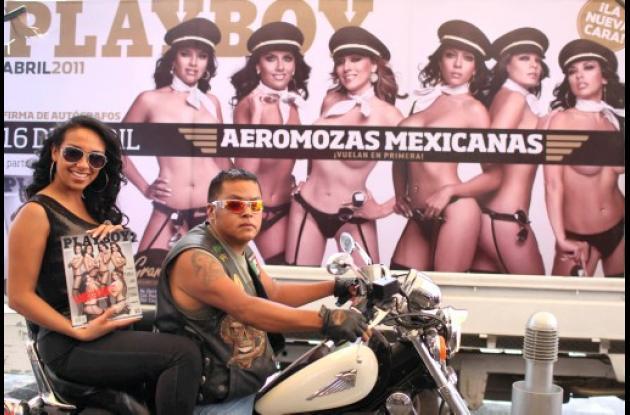 Aeromozas de Mexicana de Aviación posan para Playboy.