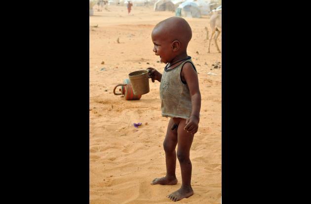 niño africano llorando