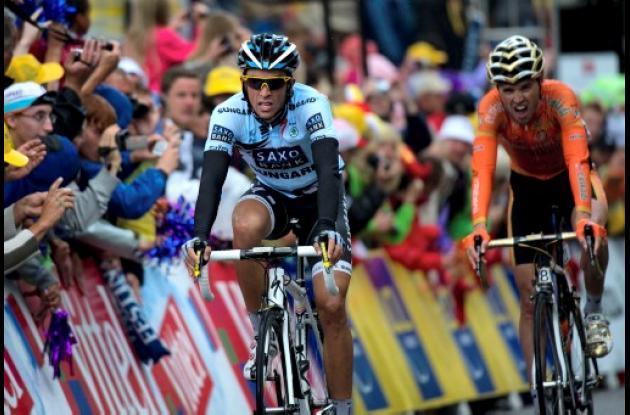 Alberto Contador descontó segundos preciosos y aspira a atacar en las etapas