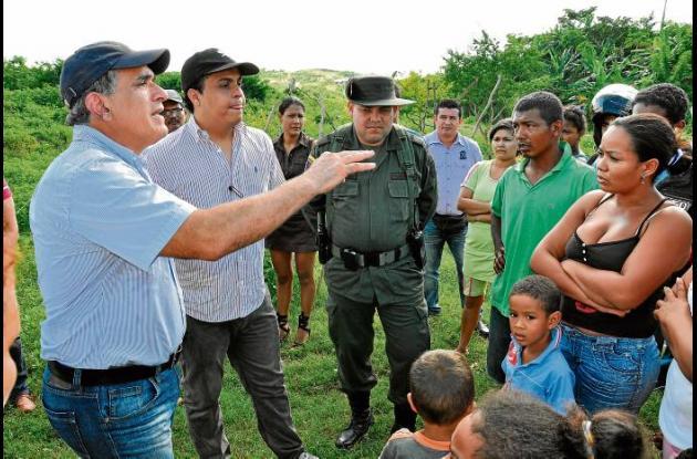 El alcalde Jairo Fernández Quessep se reunió con moradores de la zona