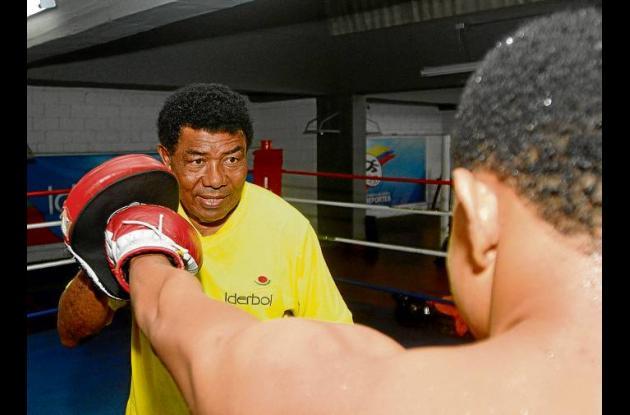 El Olímpico ahora busca estrellas del boxeo