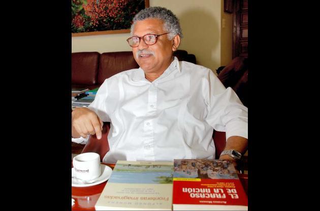 Alfonso Múnera, historiador y director del seminario.