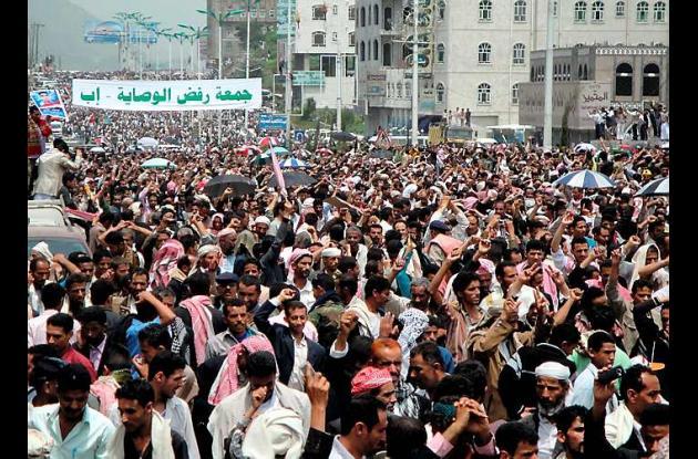 El presidente yemení dice estar dispuesto a transferir el poder