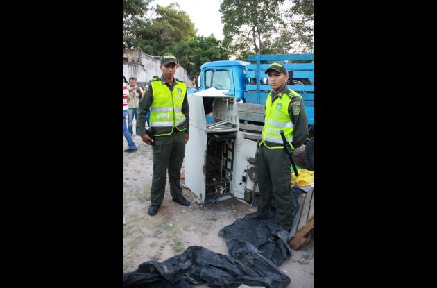 Ladrones se llevan cajero electrónico  de una droguería de Barranquilla.