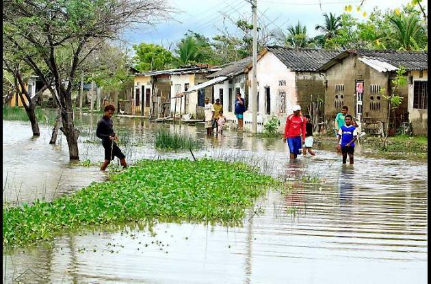 5 barrios se inundaron ayer en San Estanislao de Kostka.