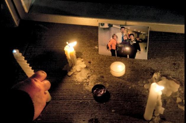 Chilenos se solidarizan con las víctimas que dejó la peor tragedia aérea de los