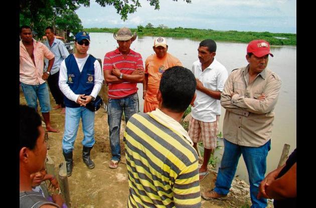 Visita a zonas inundadas en Ayapel.