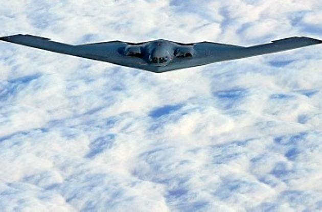 El B-2 es el avión de combate más caro del mundo.