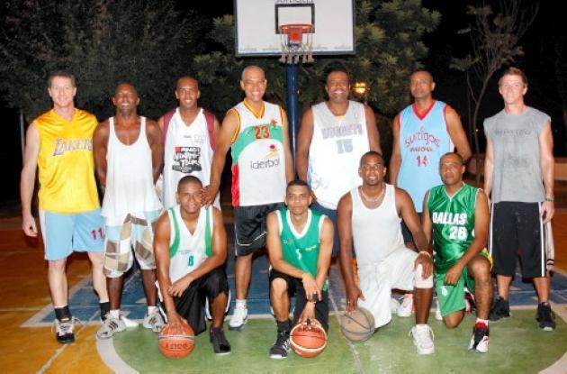 Grupo de jugadores de Cartagena que confirmaron su participación en el concurso