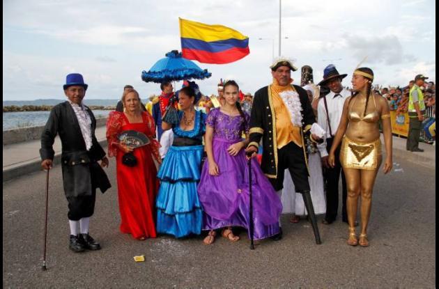 Actores festivos rechazan nuevo recorrido debando de la independencia.