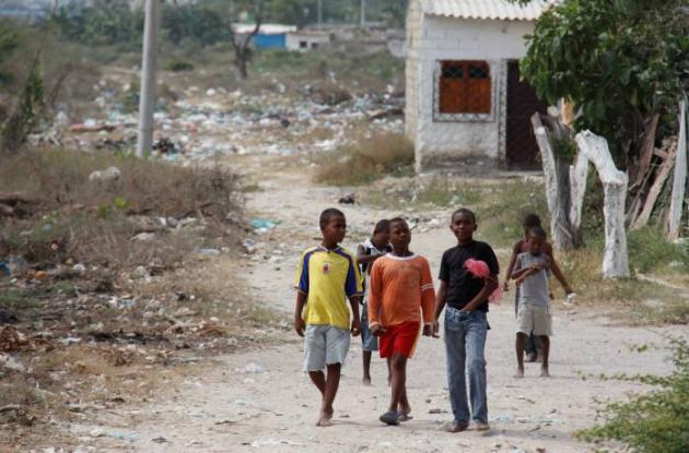 Niños y ancianos del sector presentan diarrea, vómito y enfermedades como el den