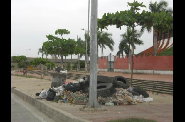 Crecen basureros satélites en la Pedro de Heredia.