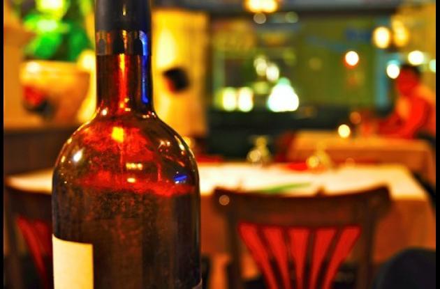 Siguen las restricciones para consumo bebidas embriantes en Cartagena.