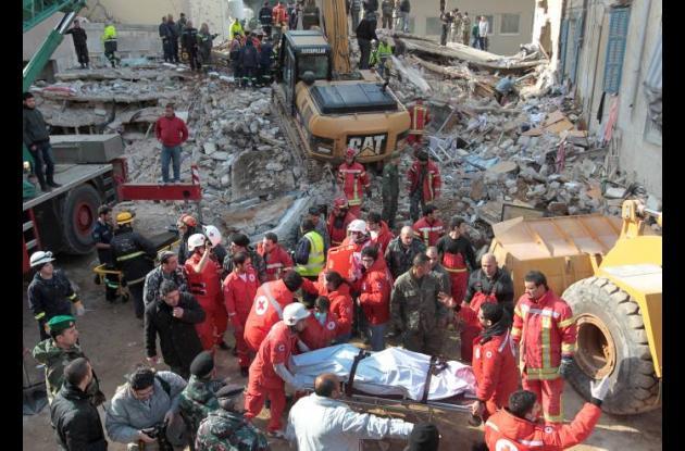 Derrumbe de edificio en Beirut.