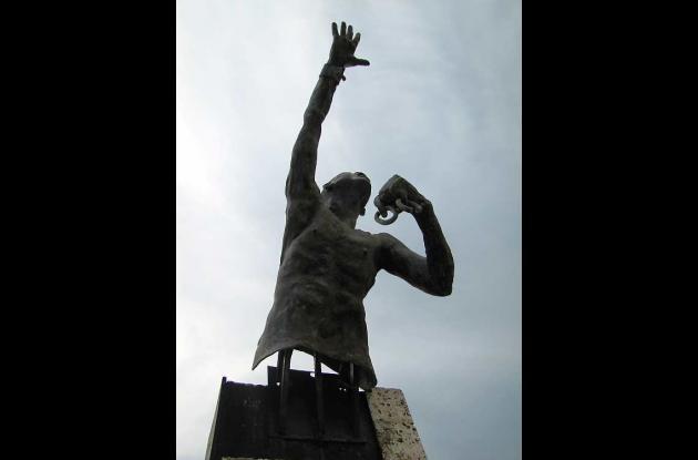 El monumento a Benkos Biojó en Palenque.