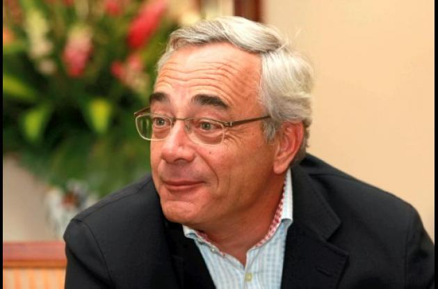 Bertrand Plessis.