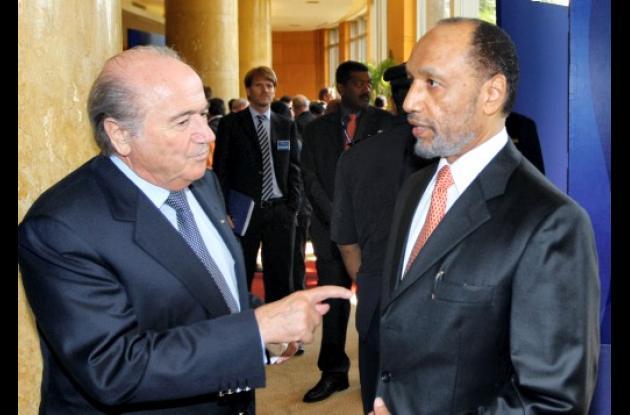 Joseph Blatter y Mohammed bin Hammam
