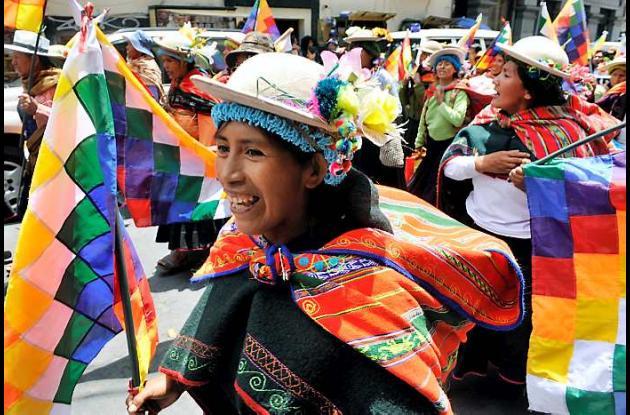 Bolivia sigue sacudida por las protestas indígenas.