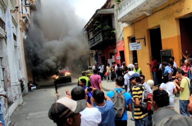 Universidad de Cartagena incendio suspenden actividades