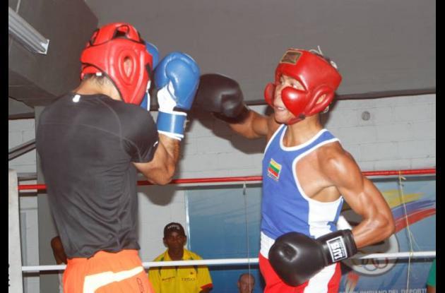 En el Centro de Alto Rendimiento del Caribe se realiza el intercambio de Boxeo e