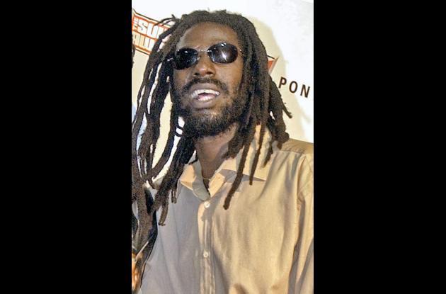 El astro jamaiquino del reggae Bujo Banton