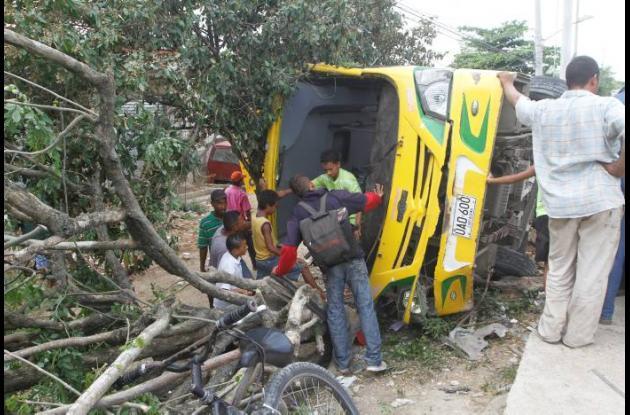 Las autoridades investigan las causas del accidente registrado en el Pozón al me