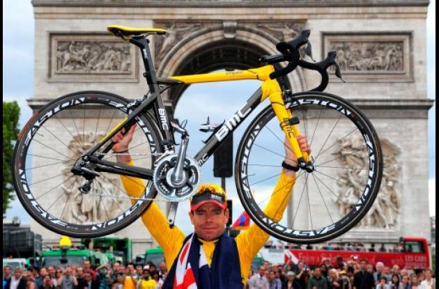 Cadel Evans ganó ayer el título del Tour de Francia 2011.