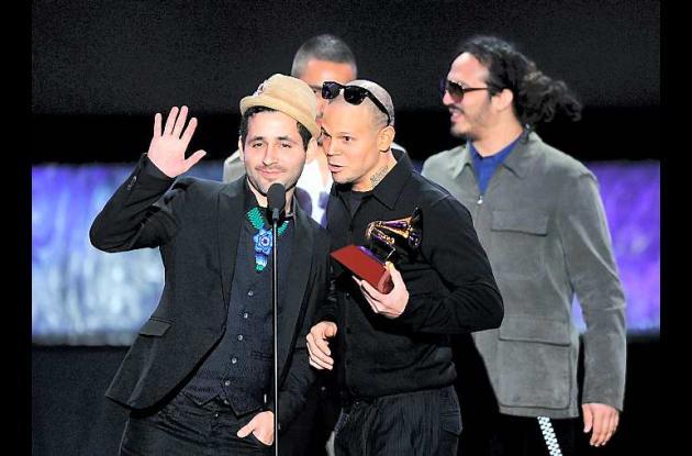 Calle 13 arrasa con los Grammy.