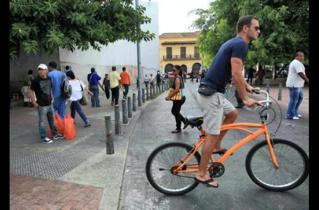Retiran a informales del Centro Histórico de Cartagena