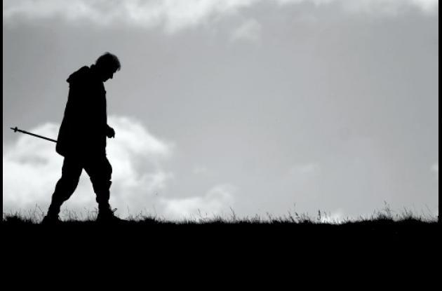 Caminar es bueno para memorias de ancianos.