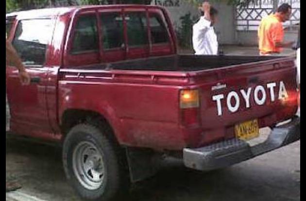 Camioneta robaba del parqueadero del centro comercial del Caribe Plaza.