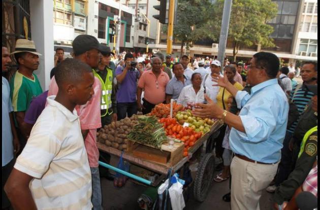 Campo Elías se reúne con vendedores informales de la Venezuela