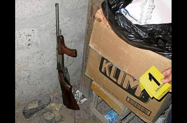 Arma decomisada.