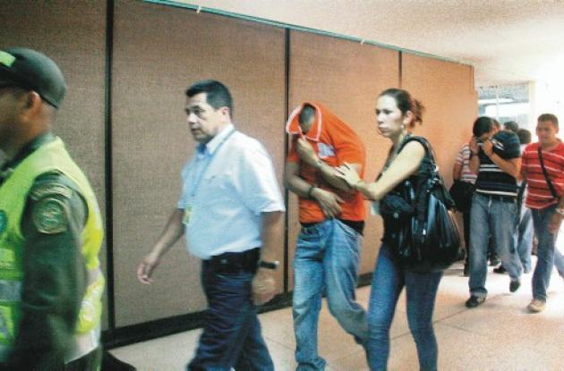 Los expolicías se presentaron ante la Juez que legalizó las capturas y hoy deci