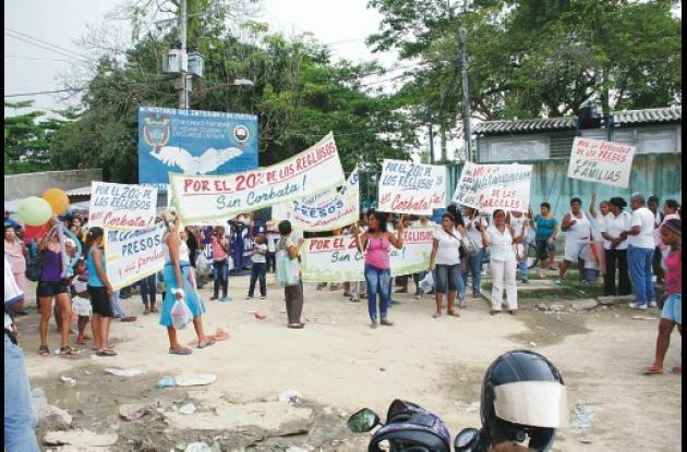 Protesta en la cárcel de ternera