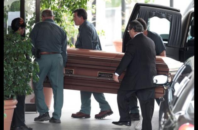 Carlos Andrés Pérez fue sepultado temporalmente en Miami.