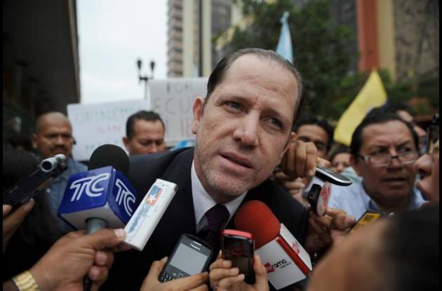 Carlos Pérez, director del periódico El Universo.