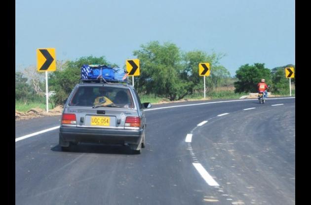 carro en carretera
