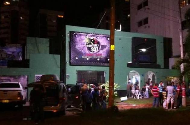 Filman video de sexo en casa de Paintball