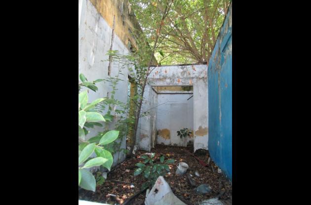 casa abandonada en manga