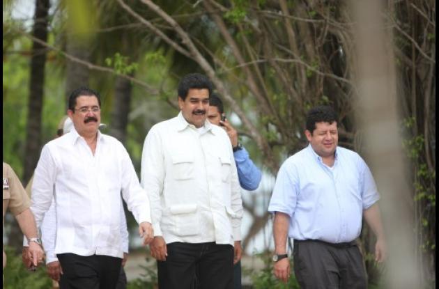 Se firma Acuerdo de Cartagena. Zelaya puede regresar a Honduras.