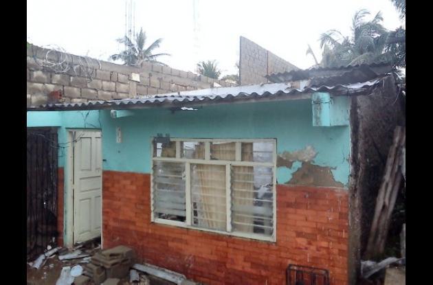 casa dañada por aguacero