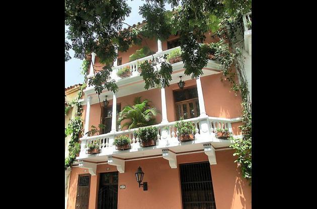 Edificios Contemporáneos Residenciales: Casa La Fe Plaza Fernández de Madrid