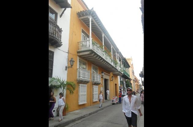 Casa Alta con Entresuelo: Casa Pestagua