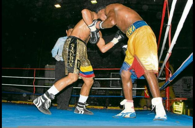 Boxeo internacional entre Colombia y Ecuador en coliseo de Montería.